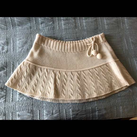 Abercrombie & Fitch Dresses & Skirts - Abercrombie & Fitch sweater skirt